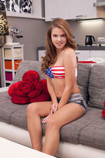 Patriotic Hot Teen 01