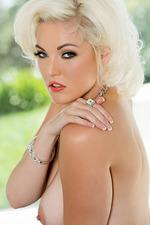 Gorgeous Jenna Ivory 20