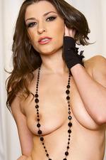 Victoria Lawson Fingering 06