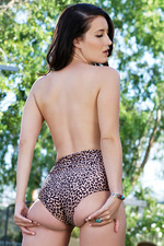 Kimberly Kane In The Garden 04