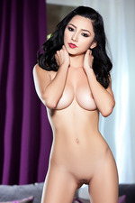Glamour Playmate Reyna Arriaga 16