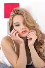 Gorgeous Blonde Clara  00