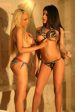 Hot blondie Leah and black nasty Lisa 06