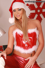 Bitching amateur girl in shiny Santa outfit 01
