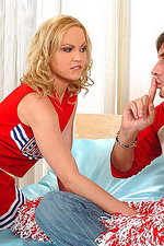 Cheerleader Nika's deepthroat 02