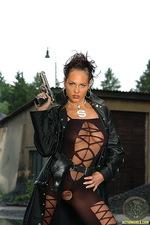 Julie babe with a gun is dangerous 01