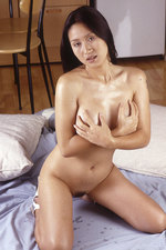 Oiled Thai babe 11