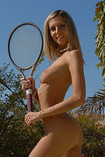 Chanel plays naked tennis at the beach 00