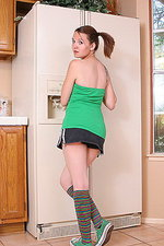 Kir getting naughty in the kitchen 00