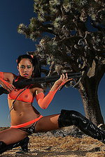 Asia McCanzie pictures in wild west 01