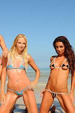 Absolutely perfect bikini models -04