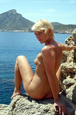 Real hommade pictures of a babe 11
