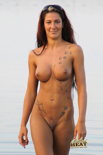 Tattooed bikini wild babe-10