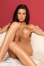 Zoe: Gorgeous naked babe 00