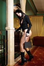 Fashionable Monica 00