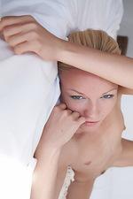 Gwyneth in Subtile 10