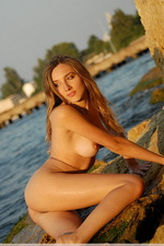 Marine tan 06