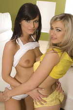 Nicol and Tami - Amateur feeling  07