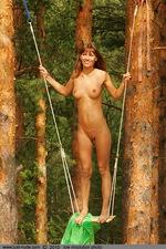 Angela - swing 06