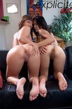 Eliska and Yoko 04