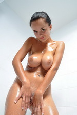 Wet sexy things 06
