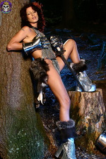 Armed paladin Iveta in hot chainmail 06