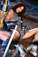 Armed paladin Iveta in hot chainmail 08