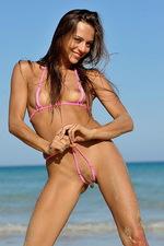 Bikini Pleasure 08