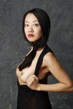 Tiger Lily - Black 08