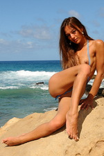 Lovely bikini babe 10