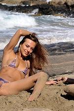 Bikini girls 09