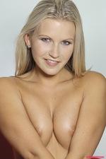 Vanessa nude 06