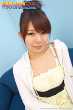 Young Japanese Shaved Girl 01