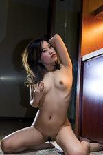 Presenting Elva Tan 05