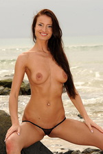 Skinny bikini babe 06
