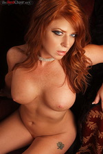 Sara Leona 04