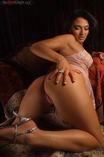 Lola Laren 07