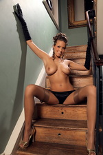 Sammie on the stairs-14