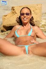Excellent bikini 06