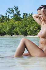 Melisa Mendiny in Beach 11