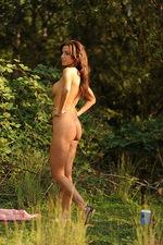 Jaye outside nude 03