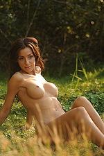 Jaye outside nude 06