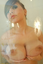 Milena having a bath 07