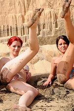 Gorgeous bikini gals 11