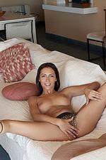 Donna Dokimazo  06