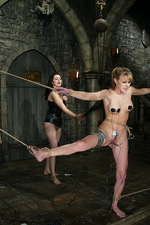 Donna puts and experienced domme 03