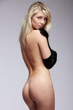 Nicole Sexual Elegance  05