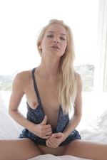 Francesca nude 00