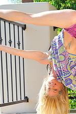 Bella Nudes in Heels 04