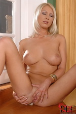 Hot Pamela spreading her amazing boobs 07